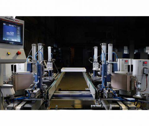 Masina de sudat profile pvc la 4 capete marca Ozgenc model OMRM 122 -8